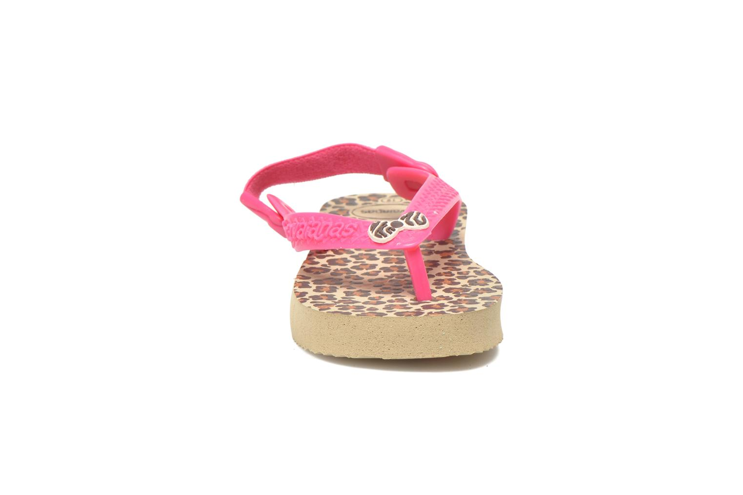 Tongs Havaianas Baby chic Rose vue portées chaussures
