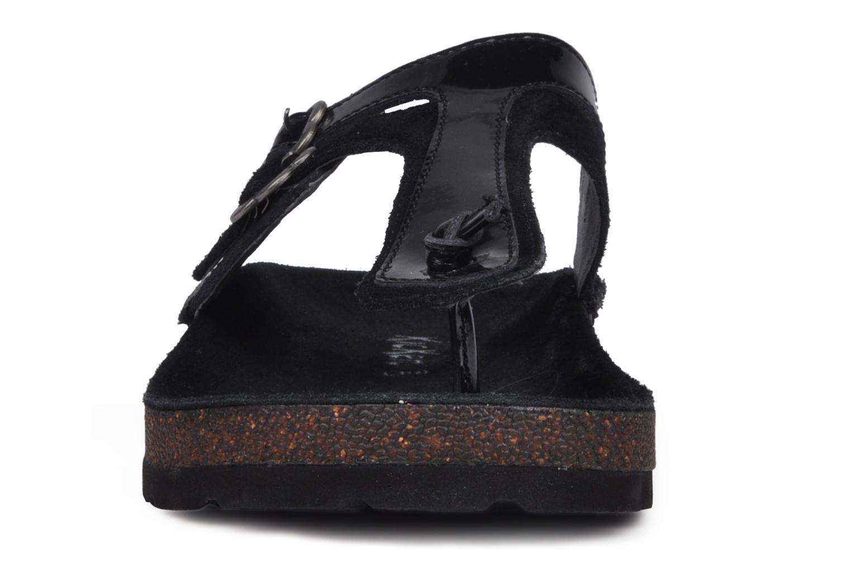 Tongs Kickers Kick magic Noir vue portées chaussures