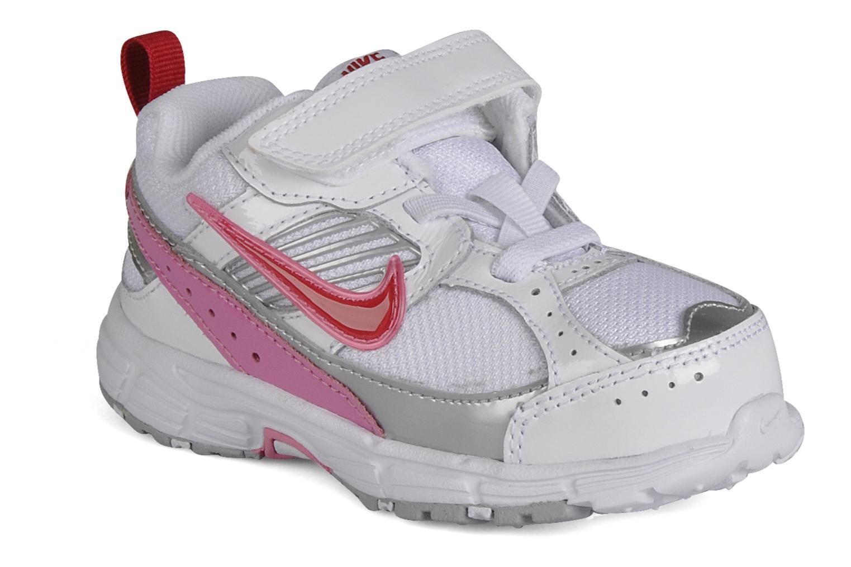 Sport shoes Nike Dart 8 gtv White detailed view/ Pair view