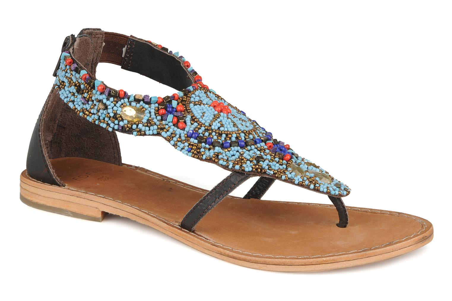 Sandals Eden Maolia Brown detailed view/ Pair view