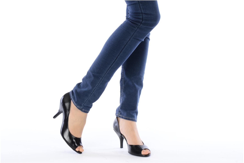 High heels Georgia Rose Alige Black view from underneath / model view