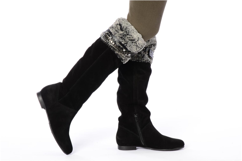 Stiefel Tosca Blu Shoes Acerra schwarz ansicht von unten / tasche getragen