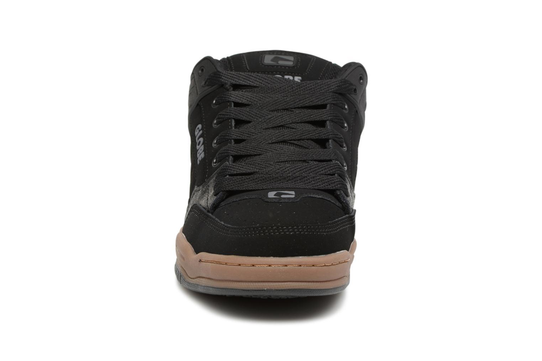 Sport shoes Globe Tilt Black model view