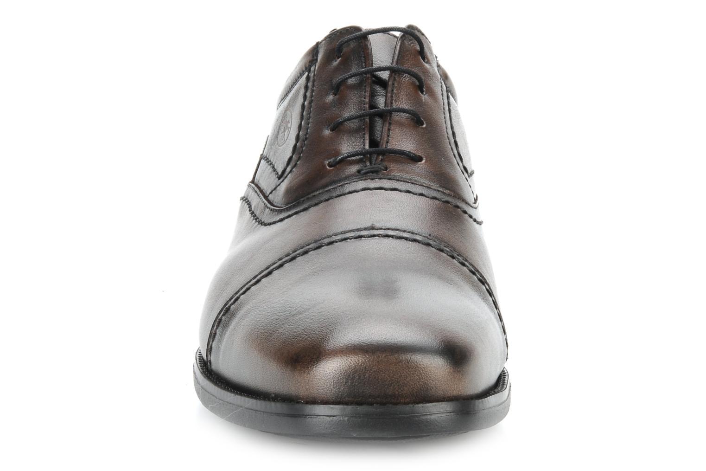 Lace-up shoes Fluchos Rafael 7749 Brown model view