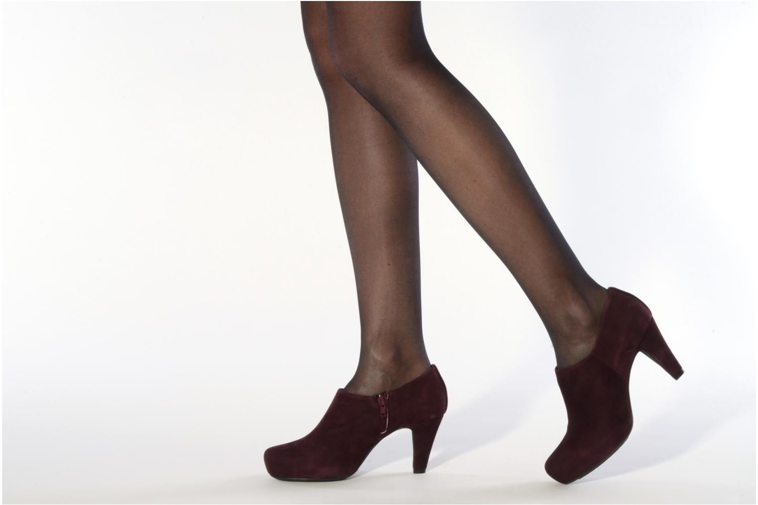 Ankle boots Unisa Nenet Black view from underneath / model view