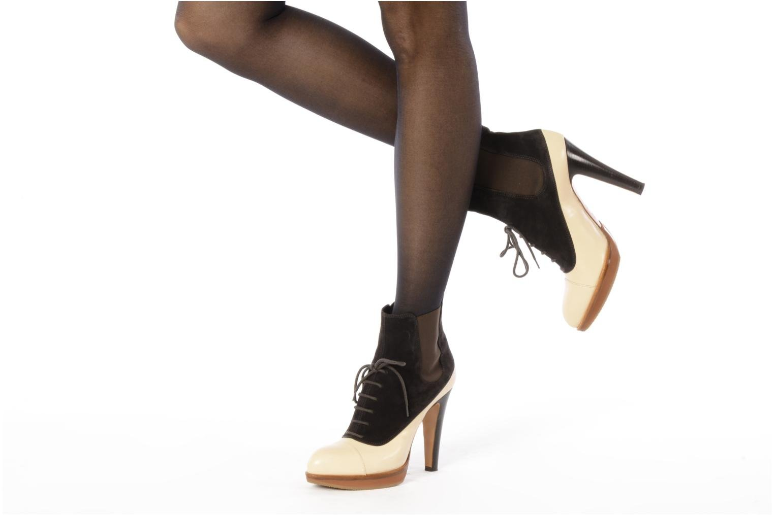 Ankle boots Michel Perry Virona Beige view from underneath / model view
