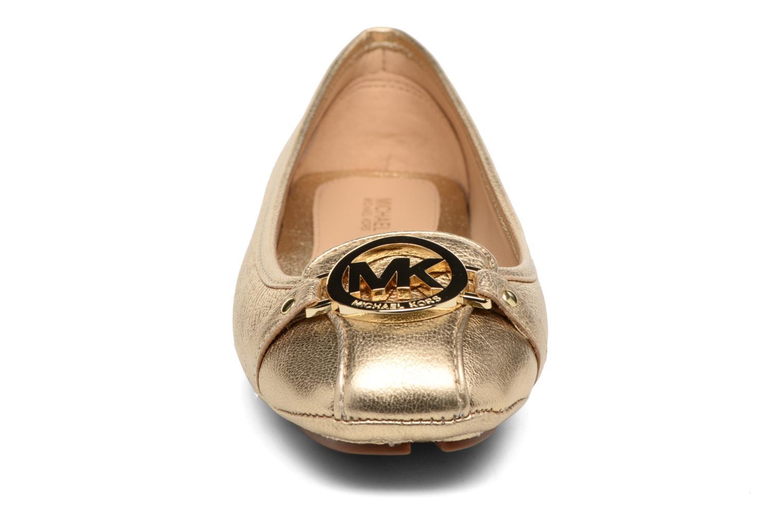 Ballerines Michael Michael Kors Fulton Moc Or et bronze vue portées chaussures