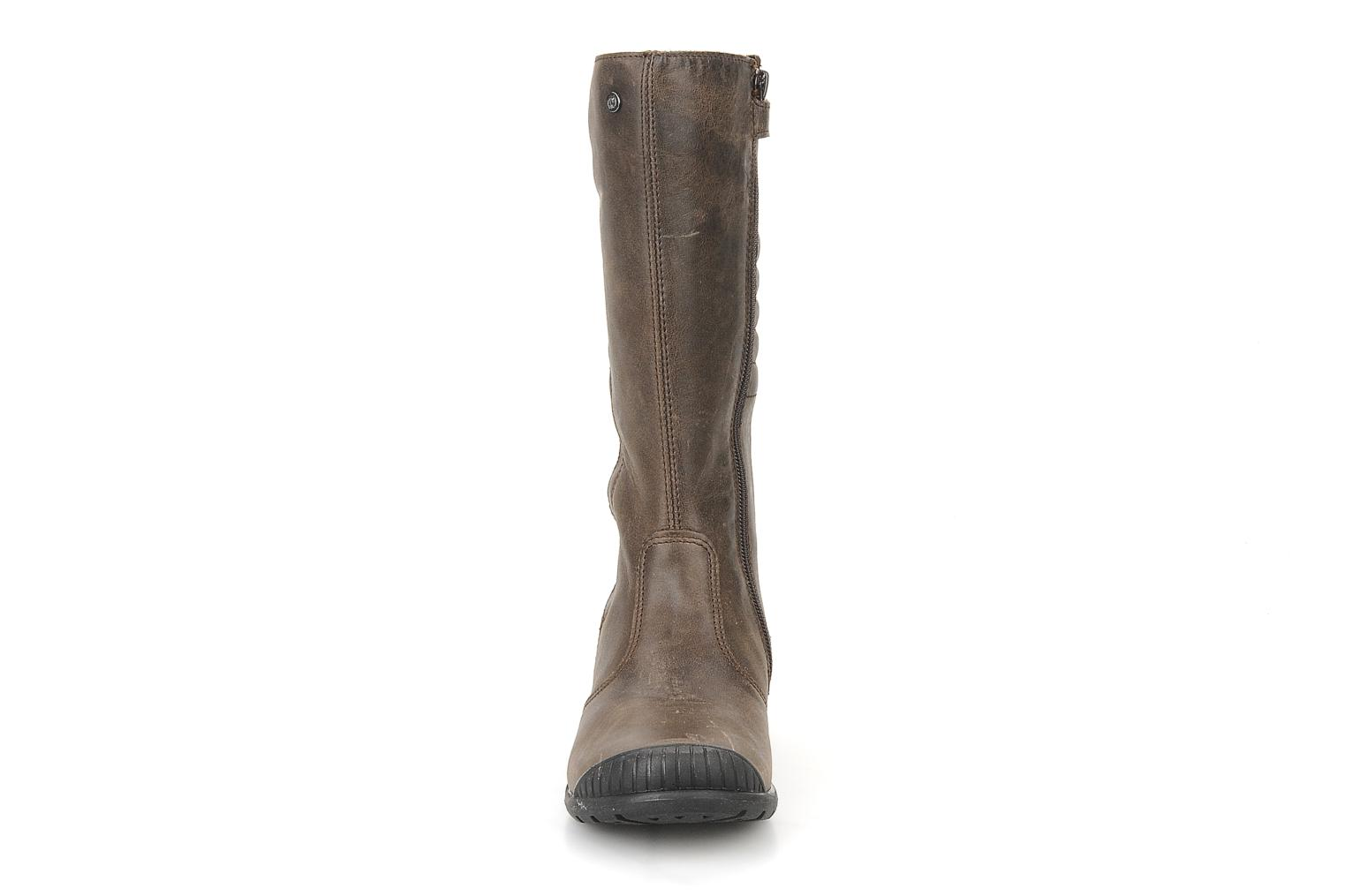 Boots & wellies Naturino Tracie Brown model view