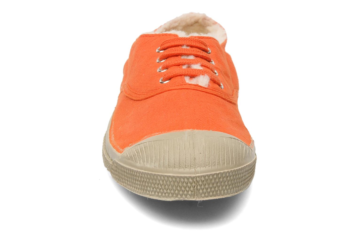 Sneakers Bensimon Tennis Fourrees E Arancione modello indossato