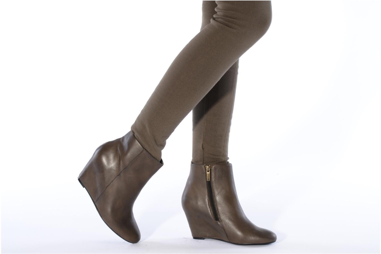 Bottines et boots Bocage Donuzo Marron vue bas / vue portée sac