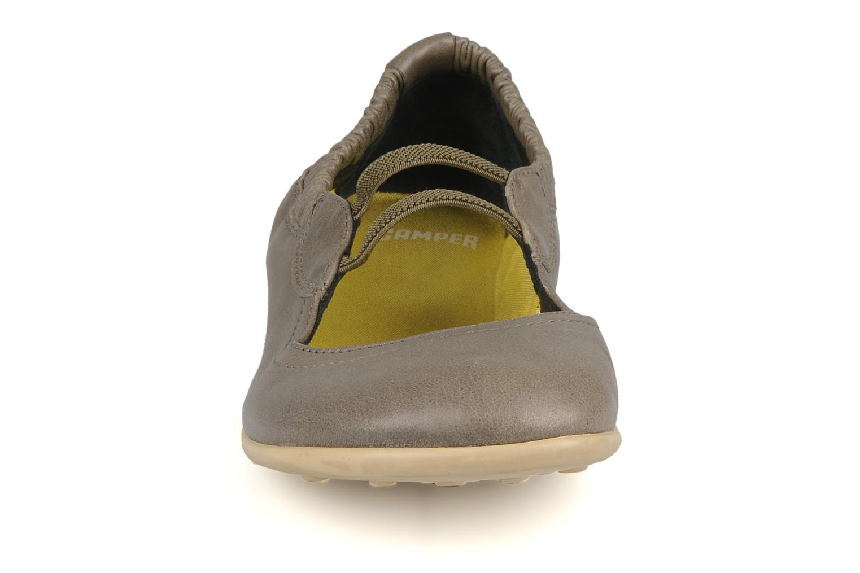 Ballerines Camper Peu 21184 Vert vue portées chaussures