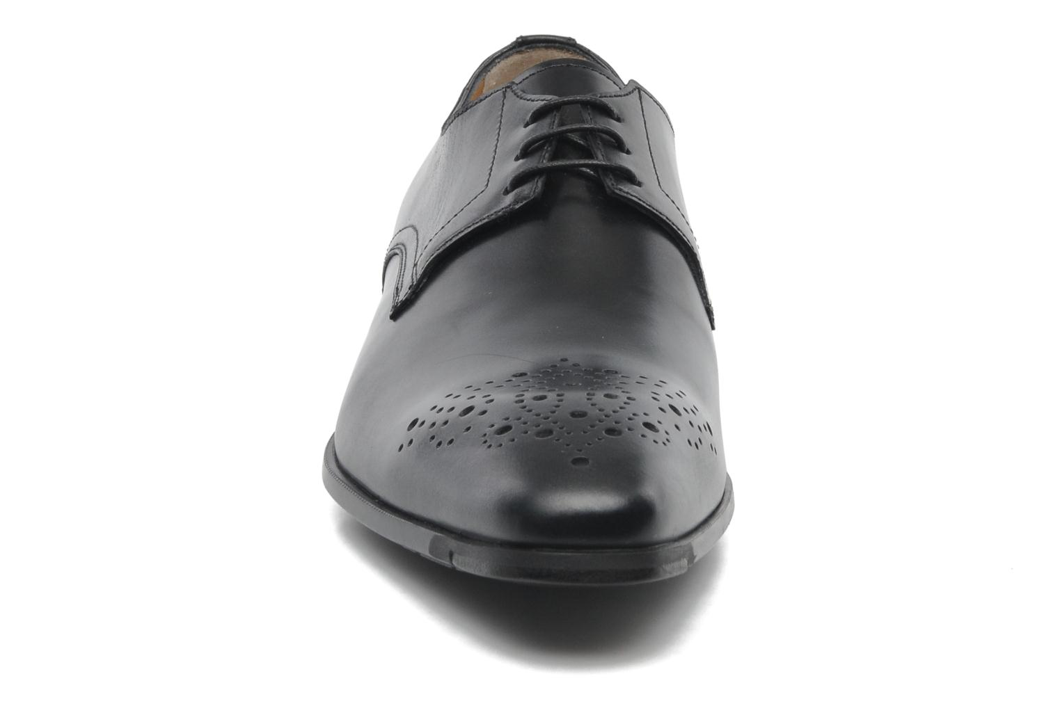 Lace-up shoes Santoni Marlone 11020 Black model view