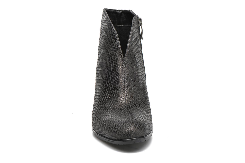 Bottines et boots Ara Tol Or et bronze vue portées chaussures