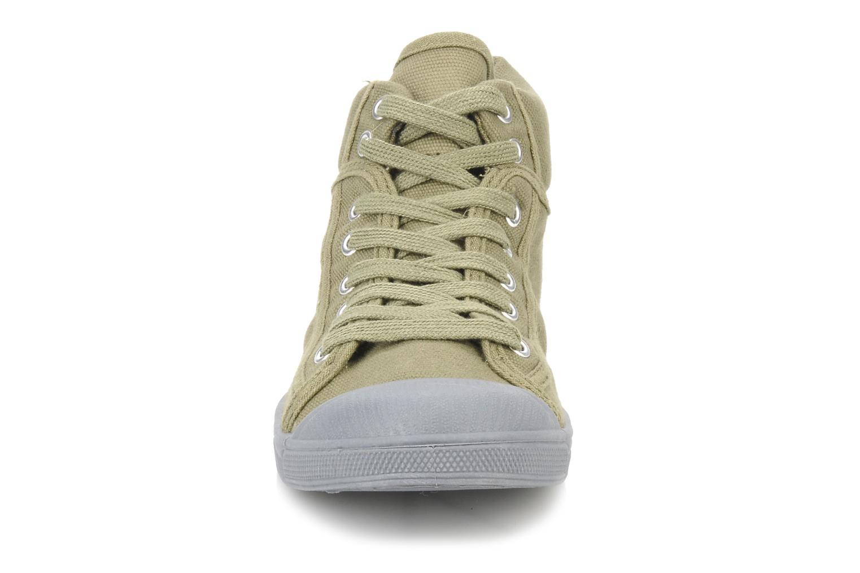 Baskets Le temps des cerises Basic 03 mono Vert vue portées chaussures