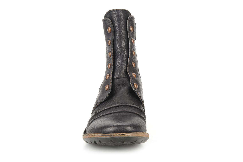 Bottines et boots Kickers Georges Noir vue portées chaussures