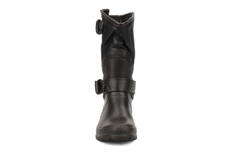 Bottines et boots Mustang shoes Enrica Marron vue portées chaussures
