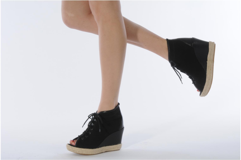 Bottines et boots Eden Tolipa Noir vue bas / vue portée sac