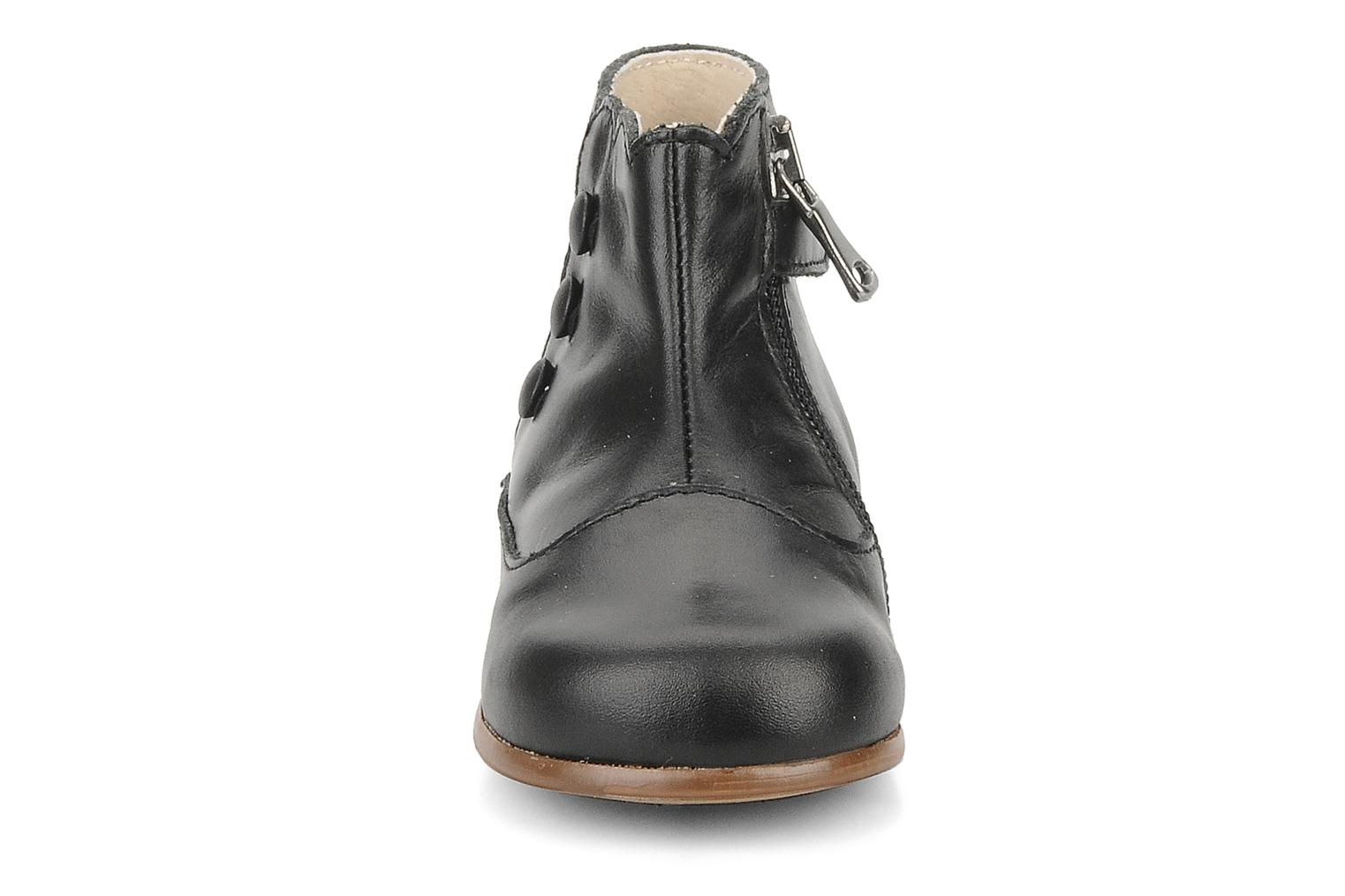 Ankle boots Little Mary Greta Black model view
