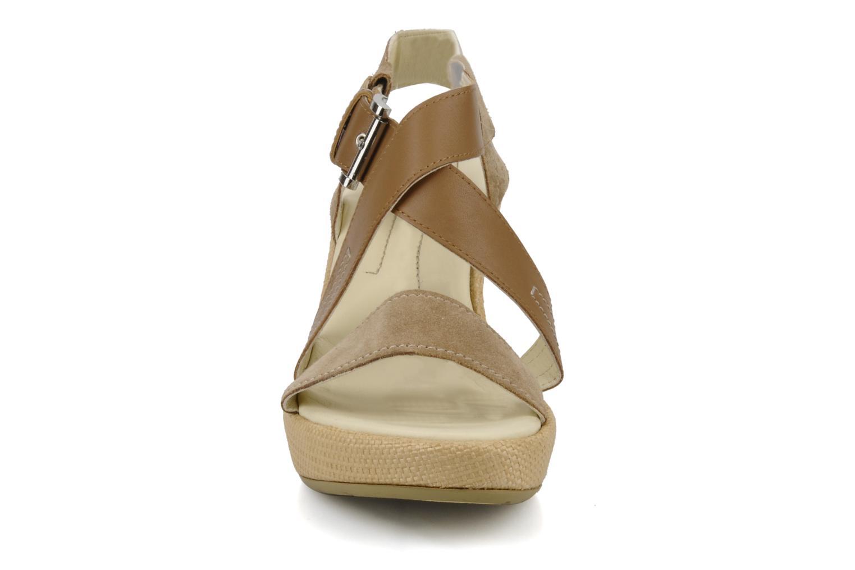 Sandales et nu-pieds Stonefly Only 14 Beige vue portées chaussures