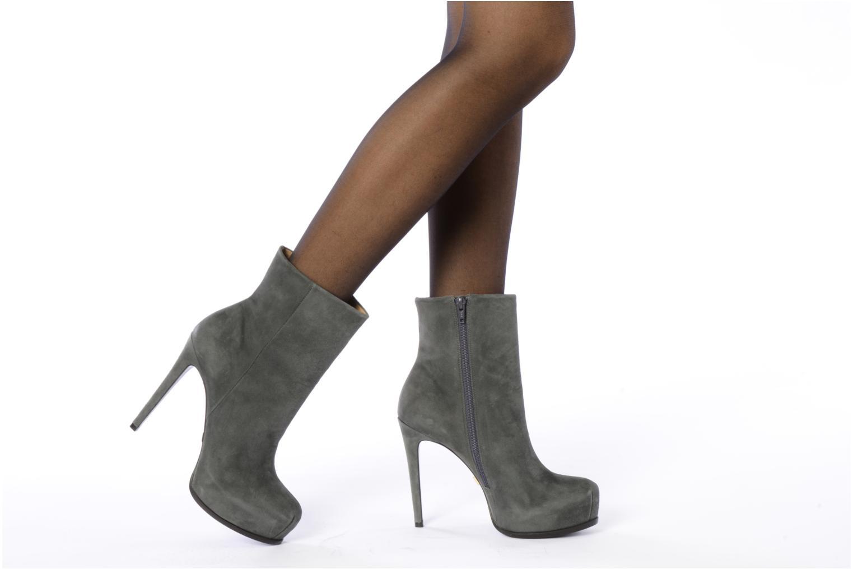 Stiefeletten & Boots Pour La Victoire Bardot grau ansicht von unten / tasche getragen