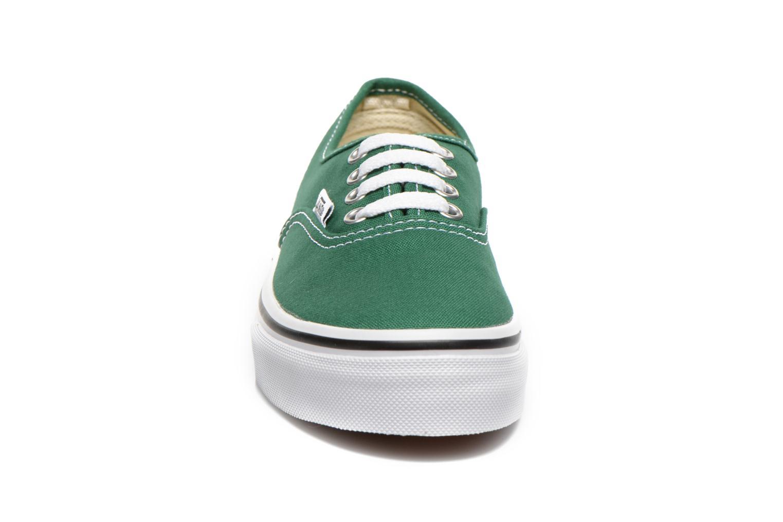 Sneaker Vans Authentic E grün schuhe getragen