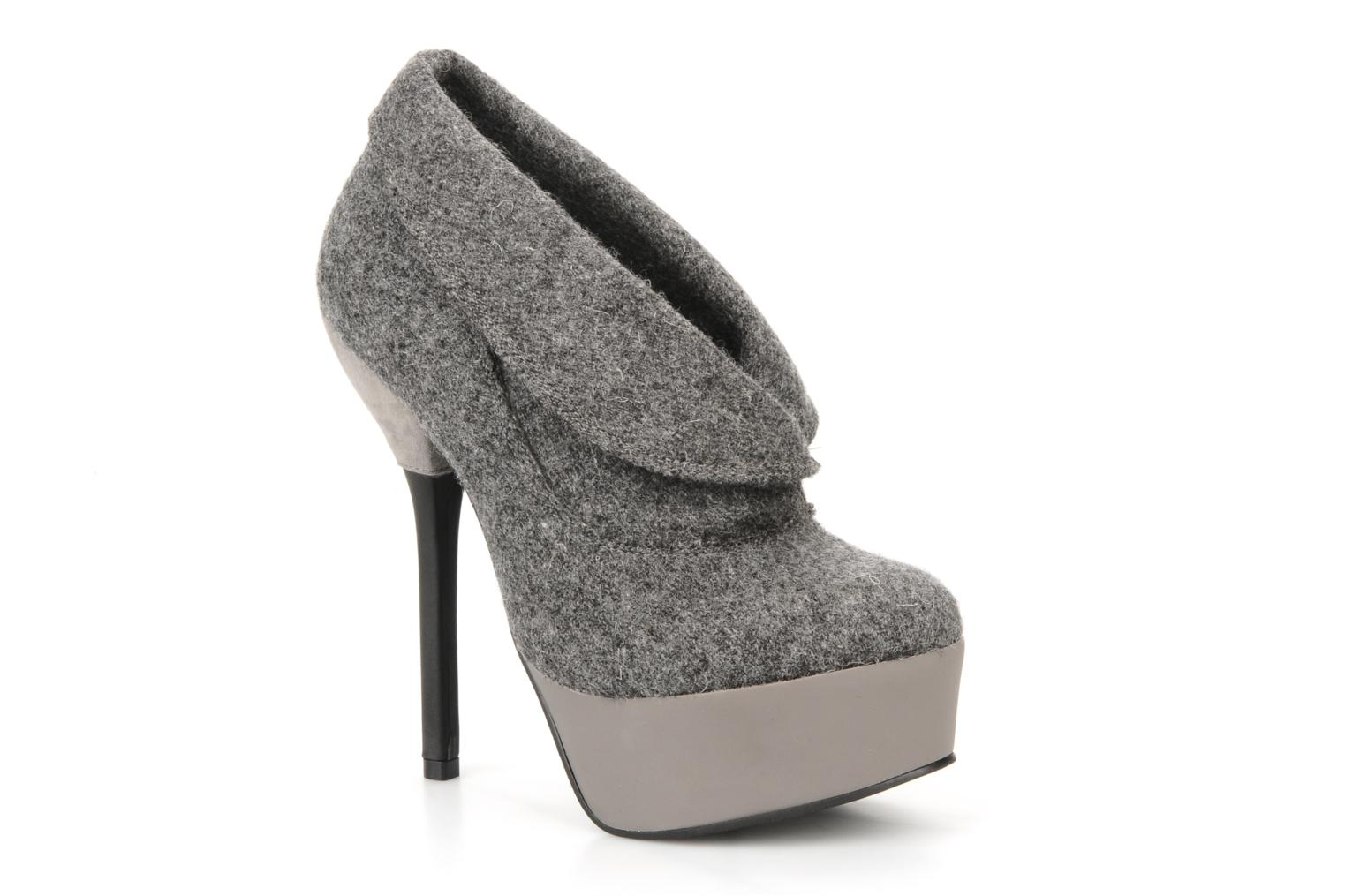Ankle boots Carvela Stella Grey detailed view/ Pair view