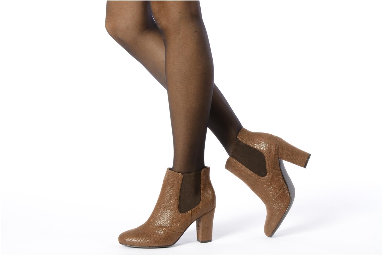 Bottines et boots Georgia Rose Oliva Marron vue bas / vue portée sac