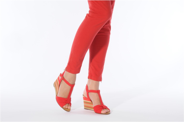 Sandales et nu-pieds Georgia Rose Dayana Rouge vue bas / vue portée sac
