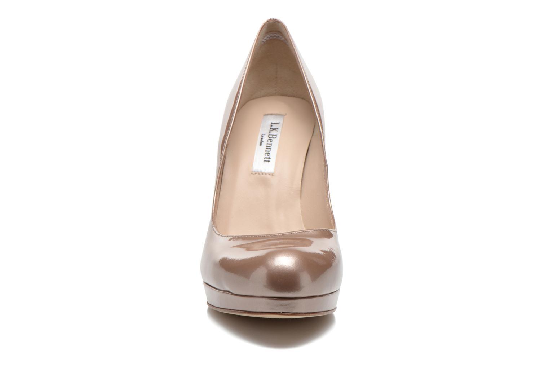 Escarpins L.K. Bennett Sledge Or et bronze vue portées chaussures