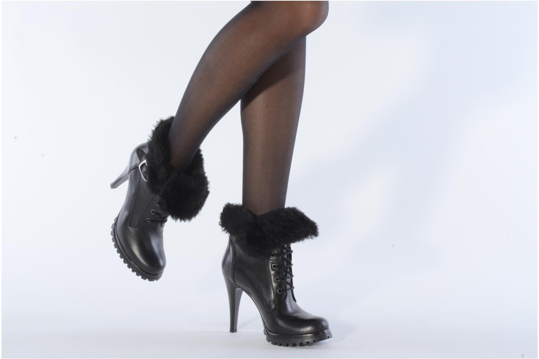 Bottines et boots Eden Micho Noir vue bas / vue portée sac