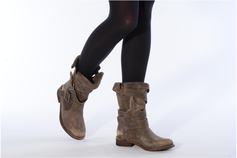 Bottines et boots Myma Jennie Felmini Marron vue bas / vue portée sac