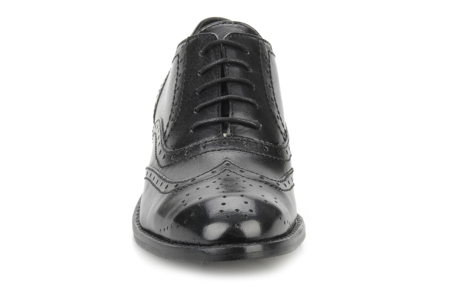 Chaussures à lacets Georgia Rose Dodda Noir vue portées chaussures