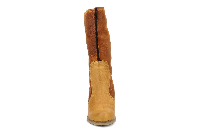 Bottines et boots Bertie Miguel Marron vue portées chaussures