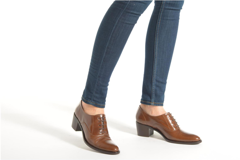Zapatos con cordones Georgia Rose Daporo Marrón vista de abajo