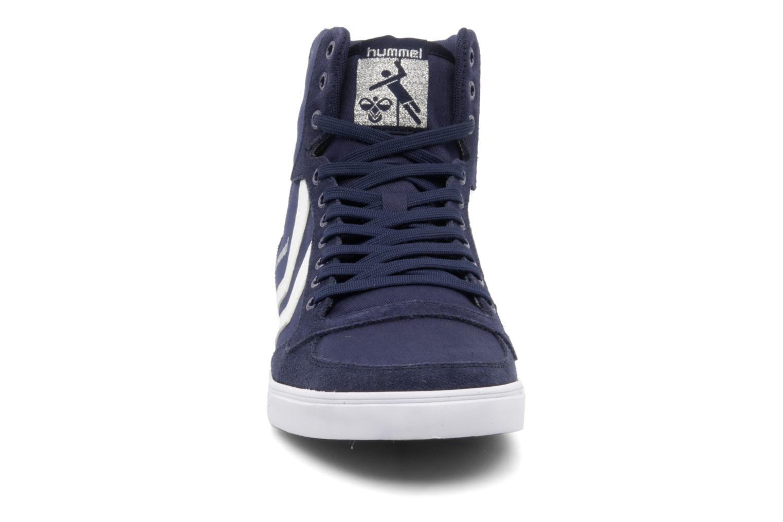 Baskets Hummel Slimmer Stadil High Canvas Bleu vue portées chaussures