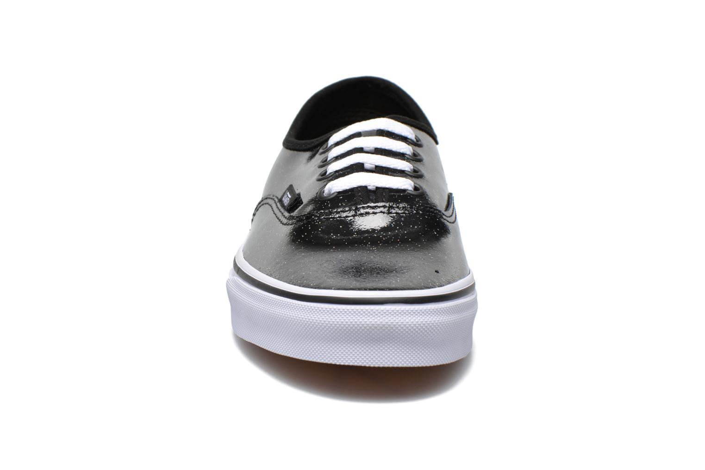 Baskets Vans Authentic w Noir vue portées chaussures