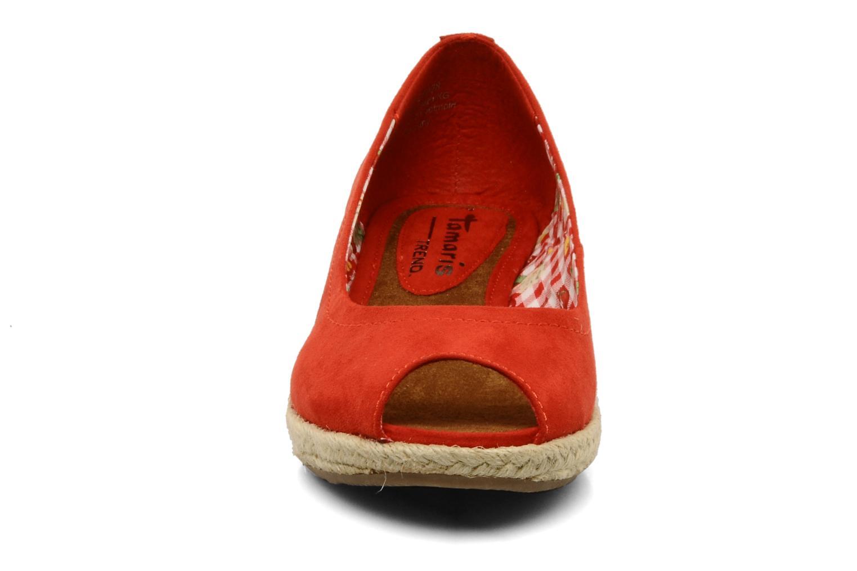 Ballerine Tamaris Laby Rosso modello indossato