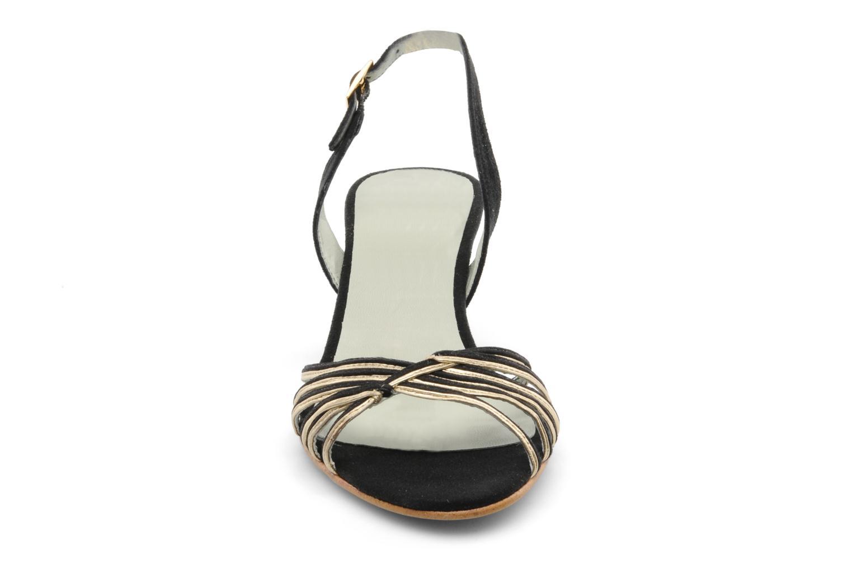Sandalen Beyond Skin Jenny schwarz schuhe getragen