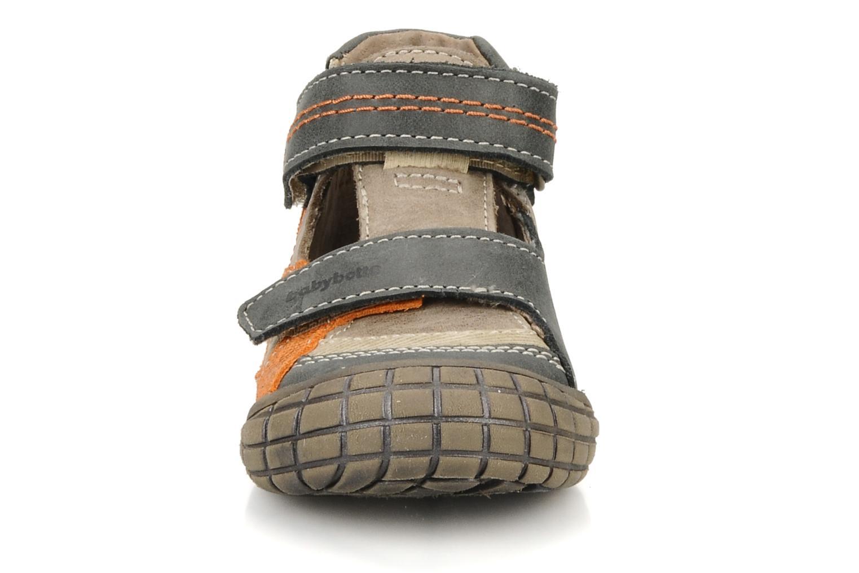 Chaussures à scratch Babybotte Stanislas Marron vue portées chaussures