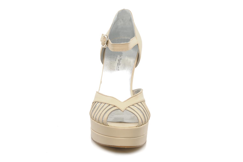 Escarpins Terry de Havilland Charlie Beige vue portées chaussures
