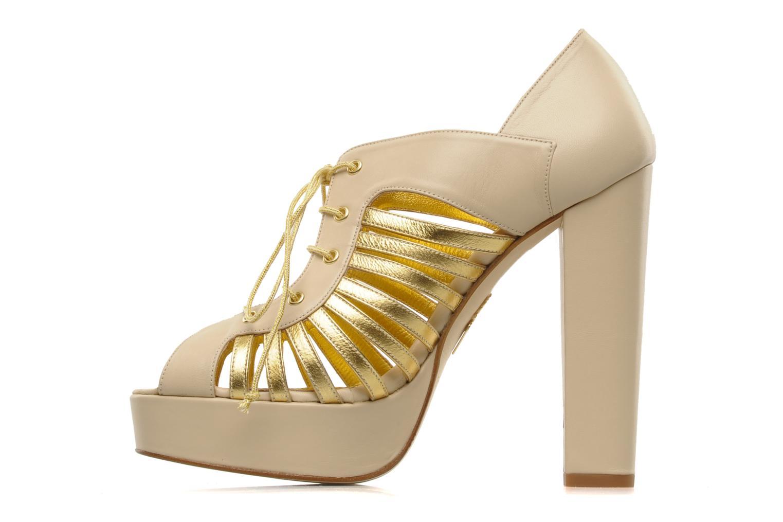 Jessie Alba Gold leather
