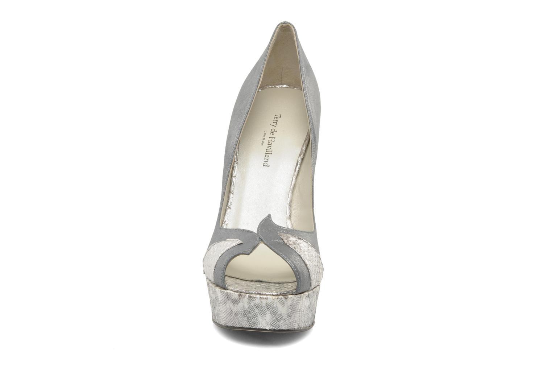 Escarpins Terry de Havilland AMBER PYTHON Argent vue portées chaussures