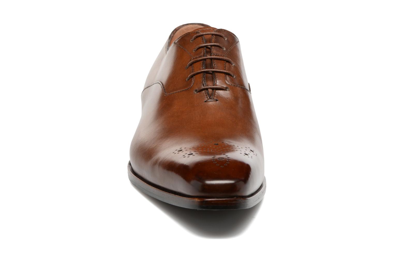 Schnürschuhe Santoni Boris 10039 braun schuhe getragen