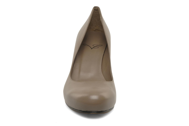 Escarpins Charlotte Vanel Lisa Marron vue portées chaussures