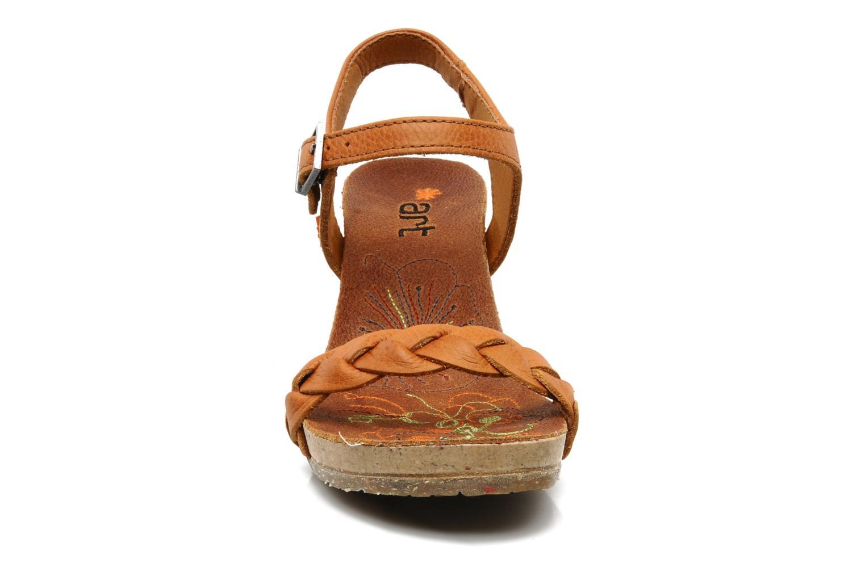 Sandales et nu-pieds Art Menorca 290 Marron vue portées chaussures