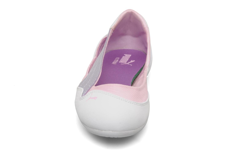 Ballet pumps Puma Winning diva jr White model view