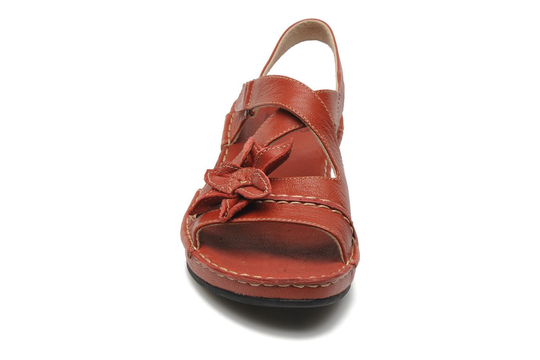 Sandales et nu-pieds TBS Boreal Rouge vue portées chaussures