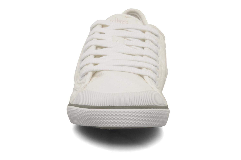 Sneaker TBS Violay weiß schuhe getragen