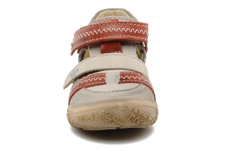 Sneaker Noël Mini Rebel grau schuhe getragen