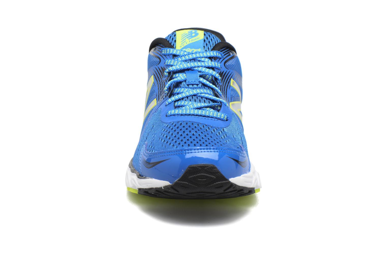 Chaussures de sport New Balance M680 Bleu vue portées chaussures